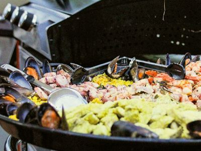 Duesseldorf_Event_Catering_BBQ_Paella_01.jpg